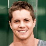 Johnny Ruffo (Chris Harrington)